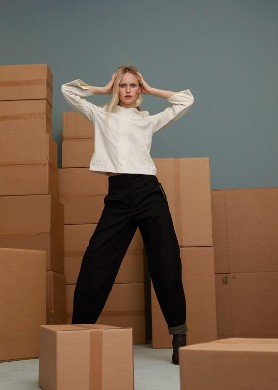 Weite Hose mit Umschlag, schwarz