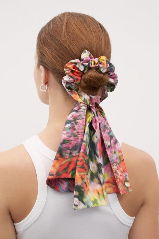 Kowtow Bow Scrunchie, Hazy Floral