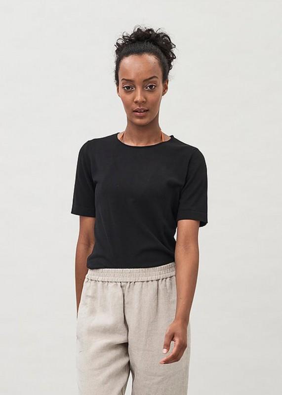 TEE - T-Shirt aus Biobaumwolle, black