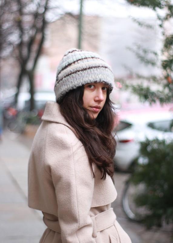Soft Mütze aus Baby Alpaka,beige multi stripes