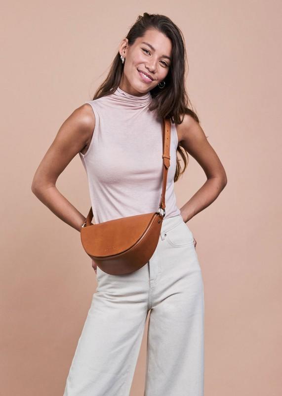LAURA Cognac Classic Leather