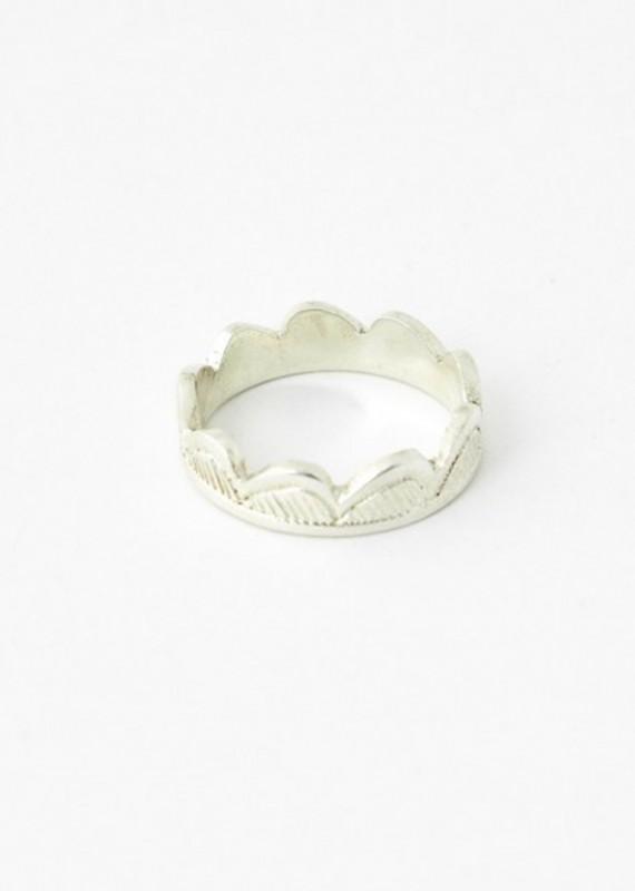 """Ring """"Mer"""" aus recyceltem Silber, handgraviert"""