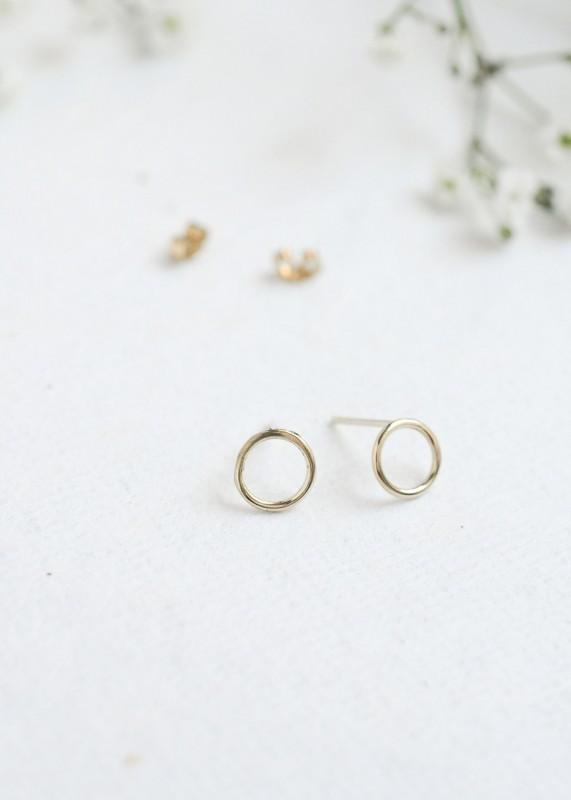 Wild Fawn 9ct Gold Circle Stud Earrings