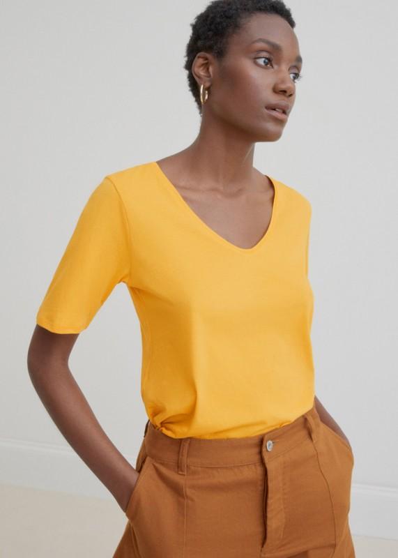 Kowtow V Tee yellow