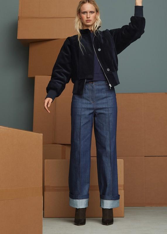 High Waist Jeans mit weitem Bein