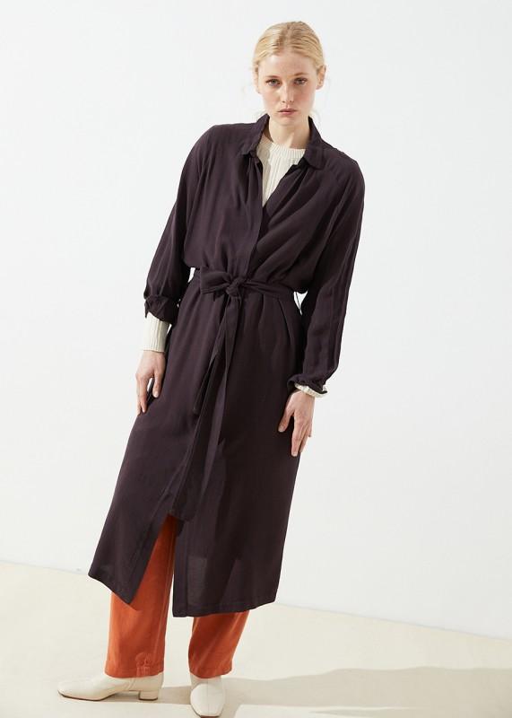 KARLEK Kleid aus Tencel, aubergine