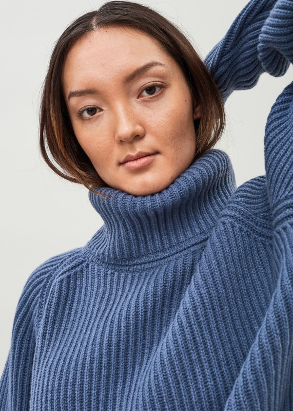 DELLA - Cashmere Wool Roll Neck Ribbed Pullover Thunder Blue
