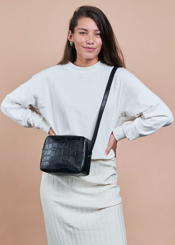 SUE Black Croco Classic Leather