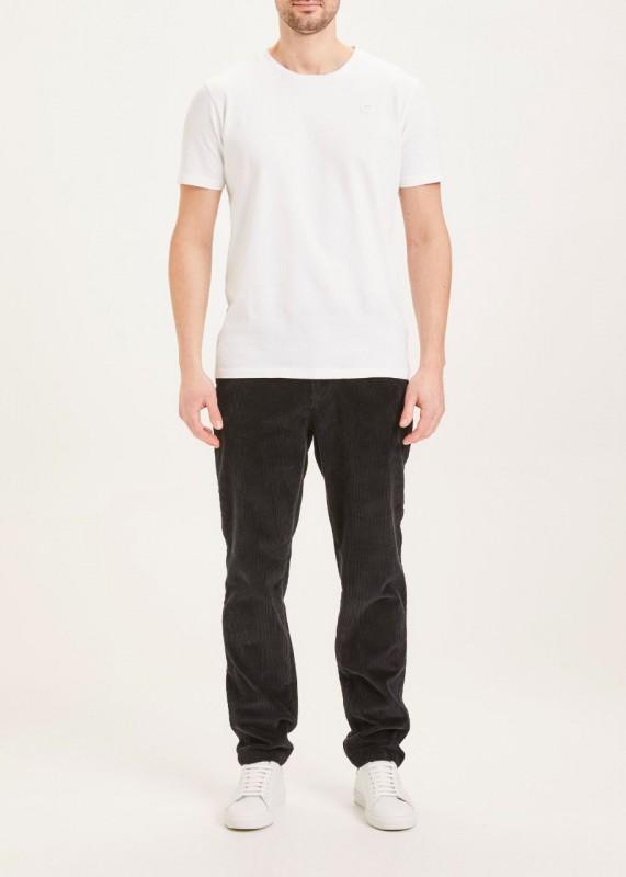 CHUCK regular stretched 8-wales corduroy pant - GOTS/Vegan, black