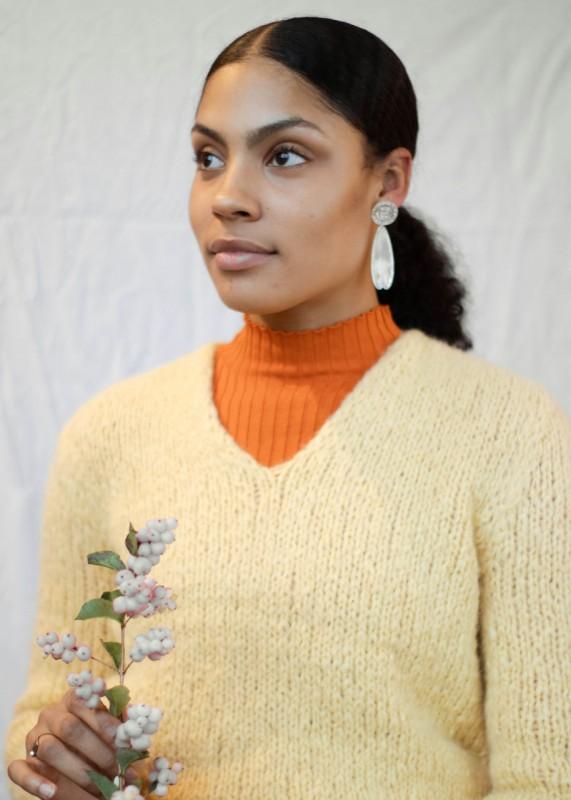 Handstrick Pullover aus Baby Alpakawolle, gelb