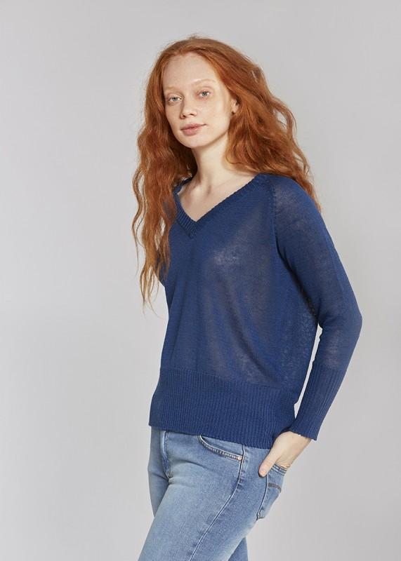 Les Racines Du Ciel Linen wide v neck sweater indigo